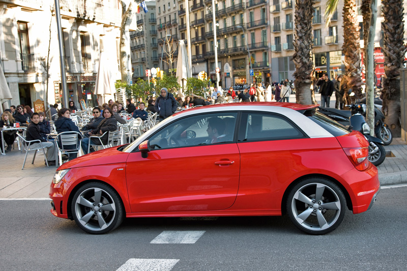 the 185 bhp audi a1 arrives in singapore. Black Bedroom Furniture Sets. Home Design Ideas