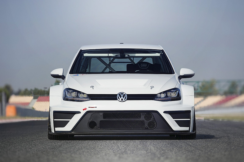Flared arches make this one of the widest Golf 7s to ever burn tarmac.