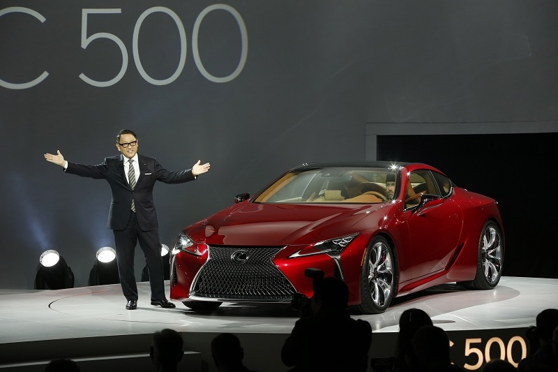 Toyota and Lexus CEO Akio Toyoda unveiling the LC500 at the 2016 North American International Auto Show