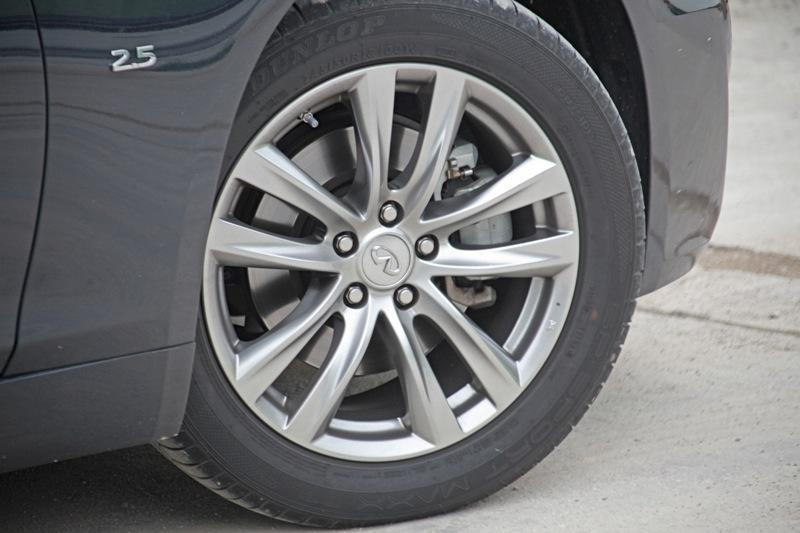 18-inch alloys come standard