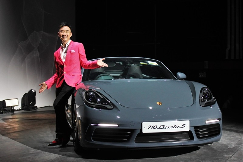 Sadly, the new 718 Boxster can't be specified with a local comedian as an optional extra. Hossan Leong was the host for the evening launch event.