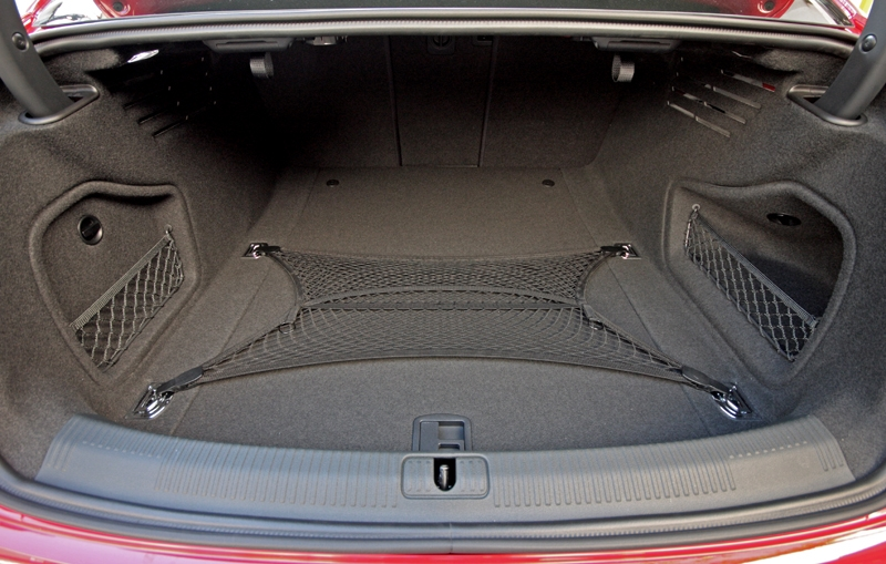 480-litres of space; also offers 60:40 fold