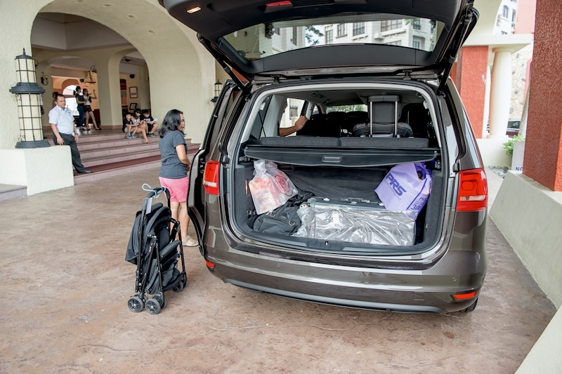 EVO Singapore's Sheldon Trollope brought his wife, twins and helpers along - the Sharan here more than ready for the task to carry them all along with their bags, strollers and other 'accessories'