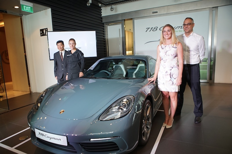 Left to right: Francis Lee (MD of Stuttgart Auto), Angelique Kerber, Melissa Pine (Vice-President of WTA Asia Pacific) and Dr Henrik Dreier (General Manager, Porsche Singapore)