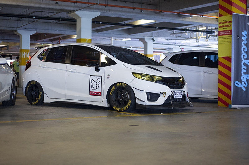 Thai and kanjo-inspired Honda Jazz.