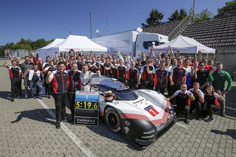 Fabulous Nürburgring lap time with Porsche's hybrid prototype