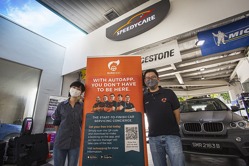 Ms Lim Yu Xin (left), Executive for SpeedyCare and Mr Alvin Tan (right), Ignition Labs Chief Operations Officer, officially launch the collaboration between AutoApp and SPC SpeedyCare at SPC Toa Payoh