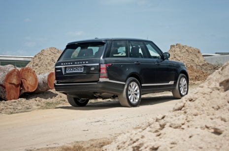 A Touch Of Class | Range Rover Vogue TDV6