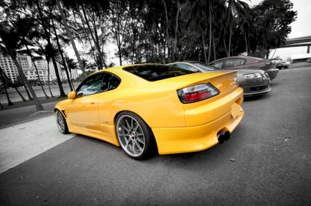 This yellow Silvia S15 was setup so nicely with what looked to me like a Vertex kit. Staggered wheels so neatly tucked under the fenders.