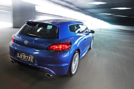Without the weight burden of a four-wheel drive train, a lower centre of gravity and a track wider than the Golf R's, the Scirocco R handles corners with aplomb and speed, with only the slightest hint of torque steer on uneven road surfaces, this in my opinion is a trait displayed by well balanced high performance rides. Like the Golf R, the Scirocco R is also equipped with the standard chassis control system that allows a driver to adjust the damper, steering weight and throttle response in three different mode settings, as usual I had it in Sports on the test route we often patronise. In Sports mode, the Scirocco R handles ably with the suspension well modulated to tight corners and bumpy surfaces. Like the Golf R, speed retardation is also excellent, with the very same 345mm front and 310mm rear brakes working up a treat with great immediacy.