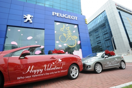 "On the same day, the Peugeot team also spread the message as they drove along Orchard in their Peugeot cabriolets (308CC and 207CC), armed with flowers and Valentine's Day decals on the cars. Continuing in the same spirit, Peugeot brought the love to the needy on 16th February as they gave out food and household items to Lions Home for the Elders, Bright Hill Evergreen Home and Canossaville Children's Home. ""At Peugeot, we like to think out of the box. And in this case, we wanted to show everyone that love is something that we can celebrate every day and not just by showering gifts to your loved ones, but also to those in need,"" says Medy Widjaja, Marketing Manager of AutoFrance."