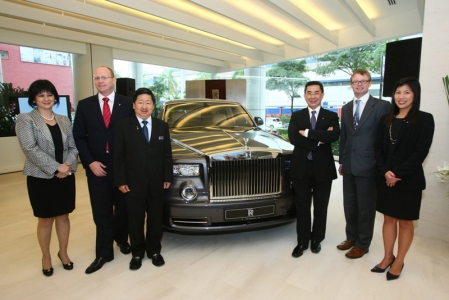 "On the official opening of the showroom, the first in Malaysia, Paul Harris said: ""We continue to invest in a Malaysian market buoyed by the country's economic growth and growing appetite for super-luxury cars. Our presence signals our commitment to providing service support for current and future customers, many of whom are new to the brand."""