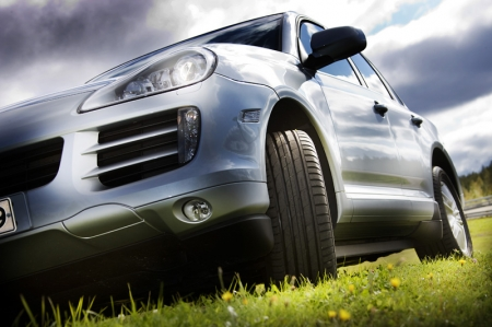 Nokian Tyres is one of Europe's premium tyre brands, known worldwide especially for their winter range tyres. It is the only tyre manufacturer in the world that focuses on products and services that facilitate safe transportation in Nordic conditions. The company's innovative passenger car, van and heavy-duty machinery tyres are mainly marketed in areas that have snow, forest and changing seasons that make driving conditions demanding. Now, what about summer tyres?