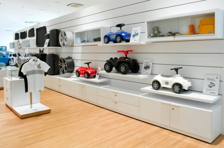 Some 40 percent of current Volkswagen owners live in the eastern part of Singapore, and Volkswagen Centre Singapore (MacPherson) will mean easier accessibility for these customers.
