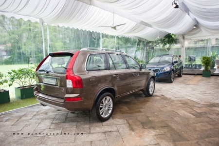 Volvo Car Corporation estimates to sell about 7,500 units of limited edition Volvo Ocean Race cars, which include the Volvo V60, V70, XC60 and XC70. The four largest markets are expected to be Germany, Sweden, Great Britain and Italy. Other markets outside Europe that will be involved in the race will also sell the cars. Wearnes Automotive has managed to secure just ten units of the Volvo XC60, even though Singapore is not involved in the race.