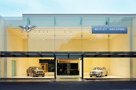 The new 900-square metre Bentley centre, which will be green-mark certified, features elements of dynamism and transparency, showcasing Bentley's dedication to distinctive design and handcrafted luxury. Its double-volume complete glass façade allows natural light in, transforming the plush spatial composition inside into a jewel box, with the spotlight on the automotive art of the Bentley models. On display are the Bentley Mulsanne, Continental Flying Spur, Continental GT W12 as well as the two newly-revealed Continental GTC W12 and Continental GT V8.