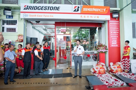 Bridgestone considers Singapore's first B-Select tyre service outlet a model for other Asian countries, as their Kaki Bukit outlet is specially designed to suit the small size tyre shops typically found throughout the Asian region. This design will be utilized in other countries that have small shop spaces.