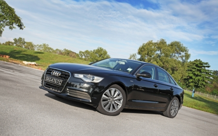 The Audi A6 is one such car that has really impressed me. With a powertrain that is made up on a combination of the 211 bhp, 2-liter turbocharged four-cylinder mated with a 54 bhp electric motor, it pushes a total output of 245 bhp. Pretty decent for this sedan, and more than what you would need on a daily basis.
