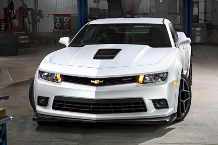 GM hasn't announced prices yet but has said that the Z/28 will be more expensive than the ZL1. My opinion? Get one, rip out the rear seats, install a half-cage and straight-through exhaust, then store it at the upcoming Iskandar race track in Johor and you'd have the most badass brute on the track.