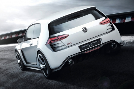 With a top speed of 300 km/h, the car also is equipped with huge brakes. In order to slow down the GTI, Volkswagen uses ceramic brake discs all around with 380 mm discs in front and 356 mm at the rear. The are housed behind fat 20