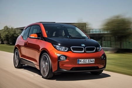 The first fruit borne of this effort is the little i3 electric city car. And we do mean little — at 3,999 mm in length, 1,775 mm in width and 1,578 mm in height, the i3 is 326 mm shorter, 10 mm wider and 158 mm taller than BMW's smallest model, the 1-Series. Unlike most EVs, it's light too. Thanks to an aluminium chassis, and the world's first mass produced carbonfibre-reinforced-plastic (CFRP) monocoque body, the i3 weighs in at a relatively paltry 1,195 kg. This means that fewer batteries are required to provide propulsion for the car, which has the knock-on effect of reducing weight further still. The inherent strength of carbonfibre also means that the i3 can afford to do without a B-pillar, combining with the suicide rear doors to make a massive aperture.