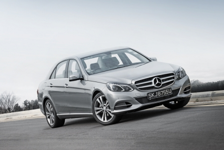 Working hard at appealing to the car's intended target segment in a bid to cajole them to eschew their dowdy appearance of batik shirts, black man bags and thick gold chains, Mercedes-Benz has place great effort in making the new E-Class more stylish.