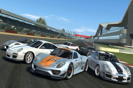 New Cars – Seven new Porsche including the 911 Carrera RS 2.7 (1972), 911 Targa (1974), 911 Carrera 2 Speedster (1993), 911 Carrera RS 3.8 (1995), 911 GT2 (2003), 911 Turbo (2009) and the brand new 911 RSR (2013).