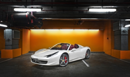 Okay back to the car… the 458 spider. It is ridiculously good, for the first time that after giving the car back, my Jag suddenly feels like it has lost a few cylinders. I was having pretty bad withdrawal symptoms for the next few days.