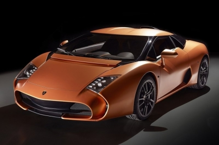 One of the most famous, Carrozzeria Zagato, celebrates its 95th birthday this year, and it is this special occasion for which the Lamborghini 5-95 Zagato was commissioned. Its commissioner is one Albert Spiess, a Swiss who already counts other well-known Zagato works such as the Alfa Romeo SZ and RZ, 1985 Aston V8 Vantage Zagato, and 2012 V12 Vantage Zagato within his stable. So what's another one to add to the collection, eh?