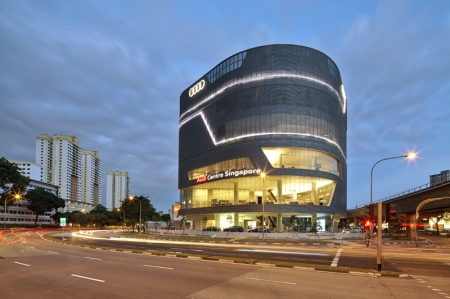 Located at 281 Alexandra Road, the eight-storey Audi Centre Singapore was jointly designed by renowned architects from Ong & Ong Private Limited and Jens Niemann, Senior Architect, Corporate Architecture of Audi Singapore. The Audi Centre Singapore serves as Premium Automobile's sole showroom facility in Singapore.