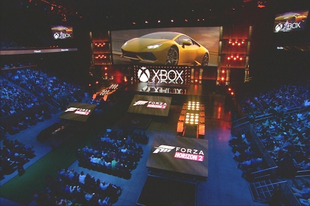 As announced by the computer giant during the Electronic Entertainment Expo in Los Angeles, Forza Horizon 2 – coming this September exclusively to Xbox One and Xbox 360 – will offer stunning 1080p resolution graphics at 30 fps. Once behind the wheel, there will be no experience to match it in terms of open-world racing, with the stunning visual impact even more spectacular in nighttime scenes.