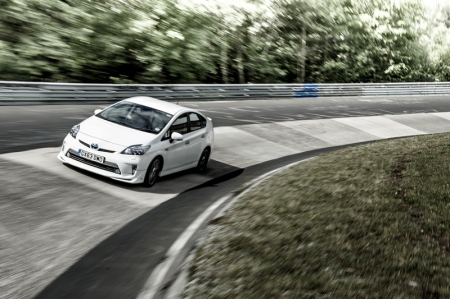 On paper, both the speed requirement and the circuit length (22 km) put the feat within the all-electric EV range Toyota quotes for Prius Plug-in, performance designed to meet the day-to-day driving demands of urban commuters. In theory, the distance could be covered without a drop of petrol being used.