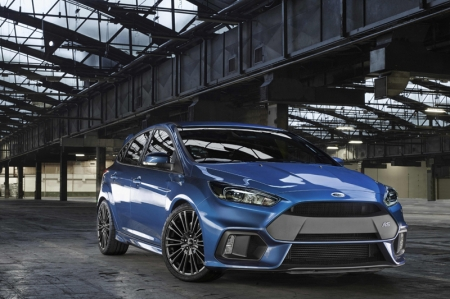 Developed by a small team of Ford Performance engineers in Europe and US, the new Focus RS is the third generation of Focus RS cars, following models launched in 2002 and 2009. It will be the 30th car to wear the legendary RS badge, following such technology trendsetters as the 16-valve 1970 Escort RS1600, the turbocharged Sierra RS Cosworth of 1985 (oh, and remember its radical aerodynamics?), and the four-wheel-drive 1992 Escort RS Cosworth. The all-new Focus RS is also the first ever RS model that will be sold around the world and produced for all markets at Ford's Saarlouis, Germany, manufacturing plant beginning late this year.