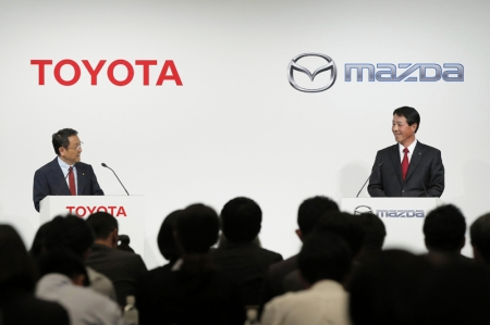 The announcement comes amid media reports that said the two companies are exploring numerous projects. Among them would be an arrangement in which Toyota supplies Mazda with its hydrogen fuel cell system and plug-in hybrid technology, in exchange for receiving Mazda's fuel-efficient Skyactiv gasoline and diesel engine technology.The latest move comes as global automakers increasingly pool resources on expensive green-car development. In hydrogen fuel cell technology, for example, Nissan has teamed with Ford and Daimler AG, while Honda is working with General Motors.