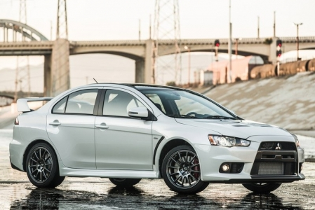 Sadly, this, the Evo X Final Edition, will be the model's swansong. After ten, well, evolutions, its storied 23-year history will be coming to an end. There will not be a replacement for the current Evo X (which has been in production since 2007), as Mitsubishi wants to move towards increased electrification and hybridisation of its cars.