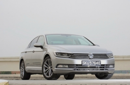 And I'm saying this based on its price tag. The Passat 1.8 TSI in Highline spec here commands $156,300 with COE.