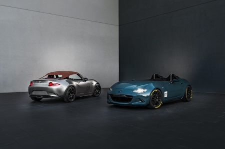 Designers drew inspiration from vintage roadsters. The MX-5 Spyder features a 'bikini top', Mercury Silver exterior, carbon fibre aero kit and grille intake, lightweight 17-inch Yokohama Advan Racing RS II wheels and a Spinneybeck Prima natural full-grain leather interior. The MX-5 Speedster, meanwhile, pares the roadster back to the bare essentials — it even has a deflector in place of the windscreen — for an old school wind-in-the-hair sports car experience. Mazda took its weight-cutting passion to extremes with for example carbon fibre doors and seats as well as custom 16-inch Rays 57 Extreme Gram Lights wheels. The Speedster tips the scales at only 943 kg, and is also 30 mm lower than the production MX-5 thanks to an adjustable coilover suspension.