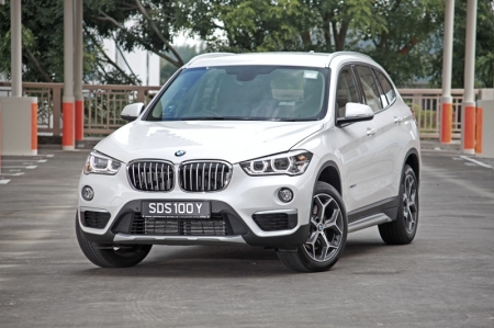 And now today we have the all-new, 2015 X1 sDrive20i. It's a different animal altogether too; first and foremost, it's now a front-wheel drive – something BMW fans still find hard to swallow. Secondly, it has an exterior that mimics the bigger X5 closely; in other words, more mature and there's that undeniable tinge of macho-ness as well.