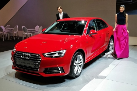 The A4 has consistently been Audi's volume seller and as such is one of its most important models. Now in its 5th generation, the car is underpinned by the latest evolution of the MLB platform matrix (the longitudinal version of the VW Group's transverse MQB matrix), and is up to 120kg lighter than its predecessor. 