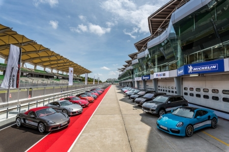 Recently, Porsche hosted the Porsche World Roadshow 2016 at the Sepang International Circuit in Kuala Lumpur, with more than 280 participants from across Asia provided with a unique Porsche driving experience – us included. During this one-day programme, we put the array of Porsches through braking, slalom, vehicle handling exercises, and an off-road experience.