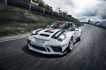 A new front apron and new rear end improve the downforce of the new 911 GT3 Cup, therefore enhancing overall traction and performance. However, the prominent 184-centimetre wide rear wing has been retained from the predecessor model.