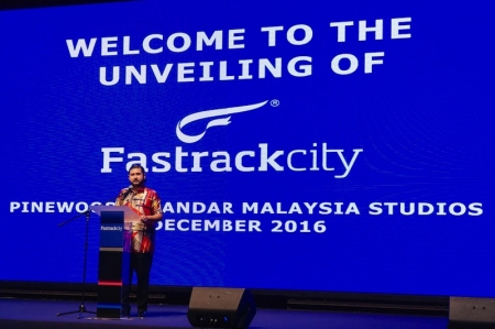 Strategically located at the gateway within Iskandar Puteri, Fastrackcity is approximately 10 minutes away from the Tuas SecondLink Checkpoint. The development is set to become the ultimate automotive lifestyle hub for enthusiasts of all ages in Malaysia, Singapore and beyond. The development will feature a 4.45km state-of-the-art Grade 1 Federation Internationale Automobile (FIA) and Grade A Fédération Internationale de Motocyclisme (FIM) international circuit. The terrain-hugging track takes advantage of the site's natural 60-metre elevation differential, hence providing a racing experience like no other race tracks in Asia.