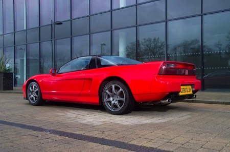 First launched 27 years ago, the NSX, or New Sportscar eXperimental, was the first mass produced car in the world to feature an all-aluminium lightweight body. Its heart-stopping performance came from its outstanding 3.0 litre V6, and was enhanced by advanced aerodynamics.