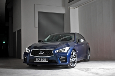Perhaps the fellas over at Infiniti really, really, really wanted to produce one oh-so-badly. So finally parent Nissan agreed, and allowed them to shoehorn a GTR into a Q50; tadaa, say hello to the Q50 Eau Rouge. Exciting times ahead for Infiniti, it seems, as this is their chance to pit something against the established AMG, M and even RS.