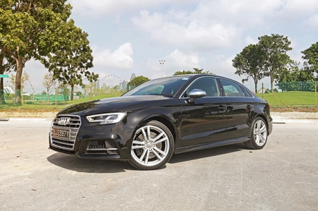 The S3 sedan - which is also available in Sportback form - is a handsome car, with a sporty single-frame grill with matt grey inlays contrasting against the black paint. The lower air inlets have slightly more pronounced lines and a RS-styled honeycomb grill, giving the new S3 a meaner stance. While the black exterior is certainly safe, perhaps a more impactful colour for the test car would have been nice - Misano Red maybe?