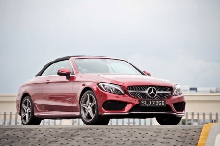 And the problem with those two choices are, (a) the E-Class Cabriolet isn't as youthful and might be mistaken as your mum's car, while (b) the SLK is a strict two-seater which meant additional passengers have to be thrown into the boot.