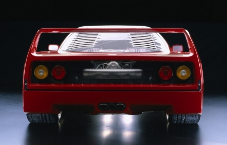 A short timeframe of 13 months was all it took for the chassis, bodywork and power train to move ahead for this project. According to Bonfiglioli, it was in June of 1986 when they began designing the engine of what was known back then as Project F 120 A.