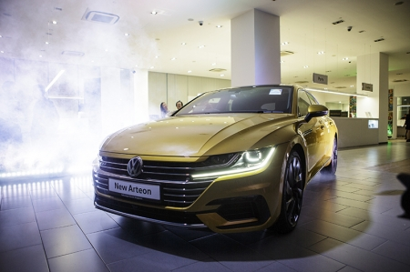 During an event last evening at Volkswagen's showroom along Alexandra Road, the new Arteon was revealed to members of the media, where Singapore's first owners of the Arteon also took delivery of their cars.