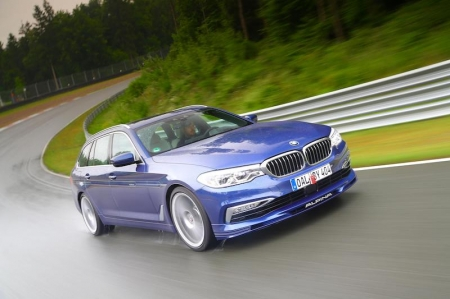 Introduced to the UK with a price tag of GBP91,000 (SGD164,000) for the Touring and GBP89,000 (SGD160,000) for the Sedan, both models are the result of thousands of hours of development at Alpina's R&D centre and on road tests from Death Valley to the Arctic Circle, the new B5 Bi-Turbo provides a combination of comfort, performance and driving pleasure that the manufacturer believes is unrivalled by any other production saloon or estate.