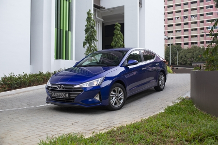 On that note, you might've noticed that the Avante and Elantra nameplates have taken turns being on Hyundai's Singapore-market compact sedans throughout the generations, beginning with the fourth-generation model launched in 2007.